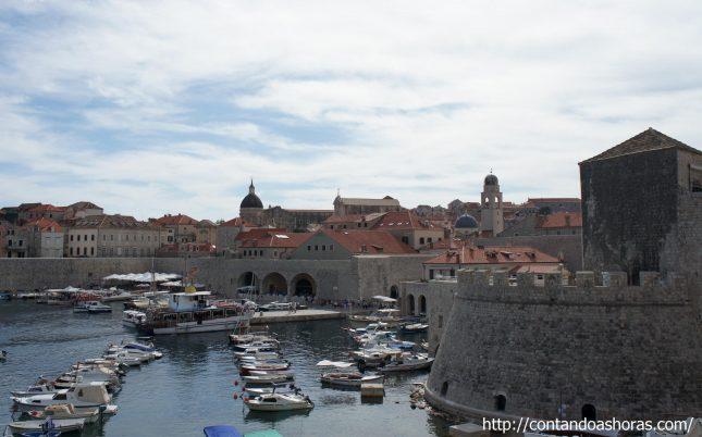 """Dubrovnik, a """"Pérola do Adriático"""""""