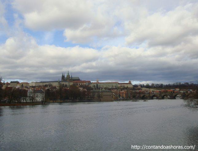 A Ponte Carlos e o Castelo de Praga