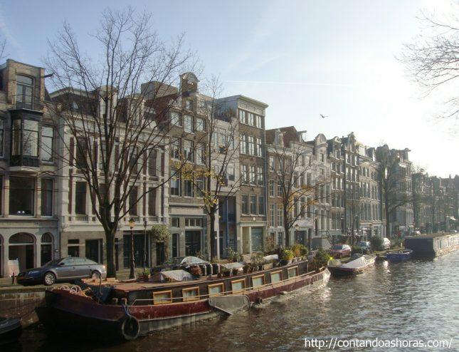 Os canais de Amsterdam