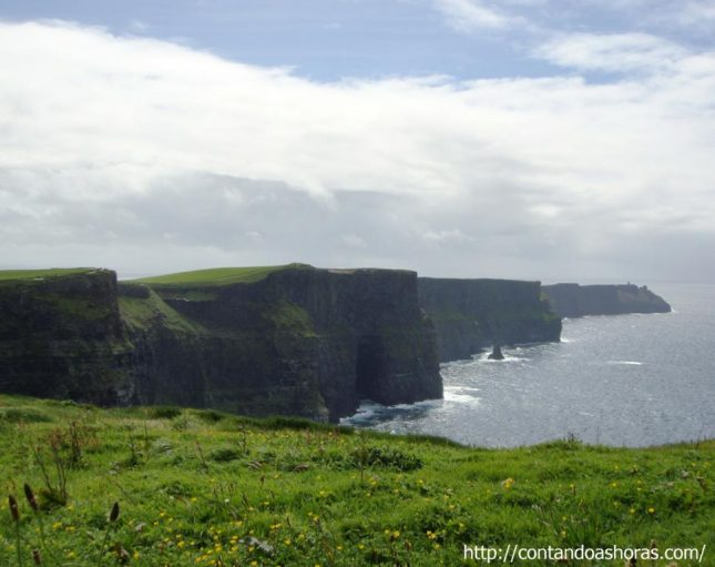 Rumo aos Cliffs of Moher