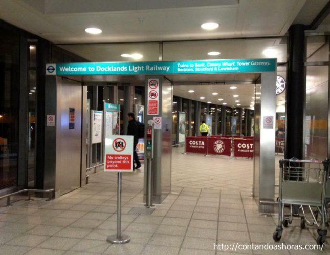 Como andar de DLR em Londres