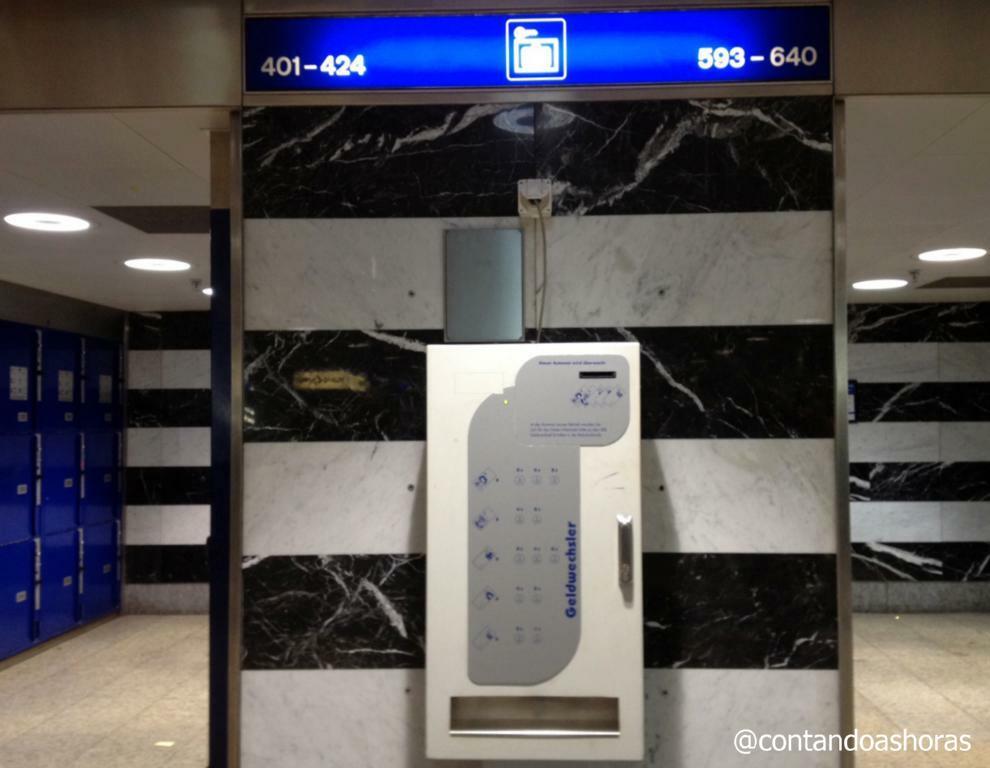A máquina pra trocar dinheiro por moedas