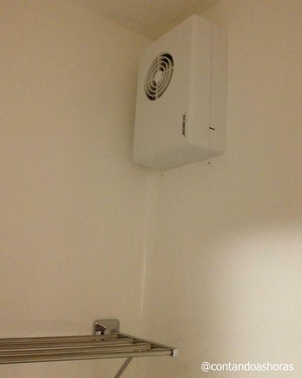 O ventiladorzinho milagroso do banheiro que seca as roupas da noite pro dia
