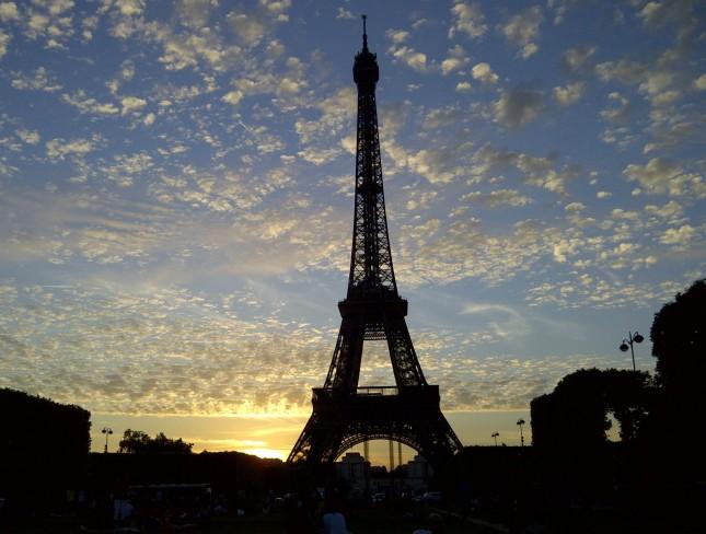 Paris-20120617-00203