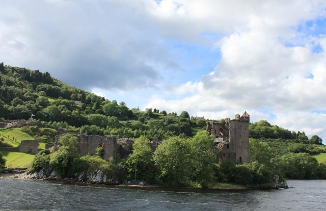 Inverness: Como fazer um passeio de barco pelo Loch Ness