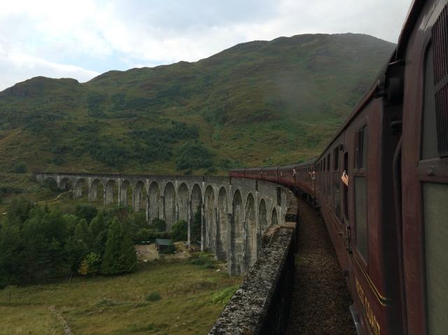 Trem Hogwarts Express: Ele existe e fica na Escócia!