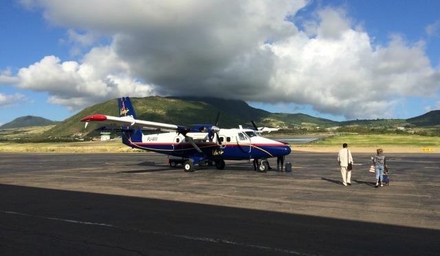 Caribe: Voando Winair pela primeira vez