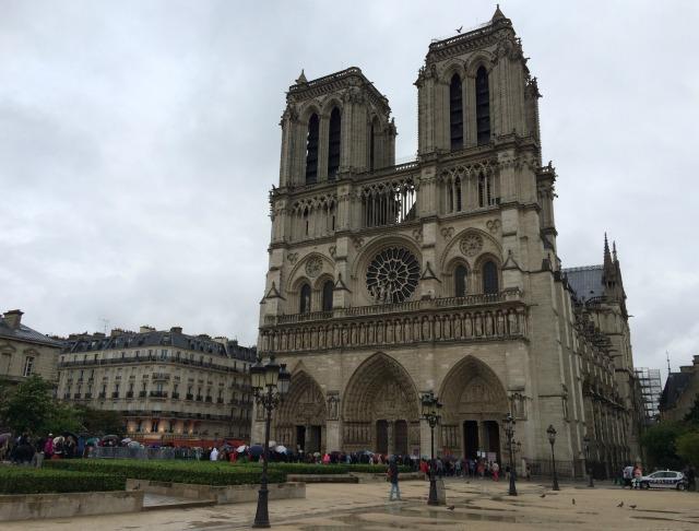 Um tour pelas ilhas de Paris: Île de la Cité e Île St Louis