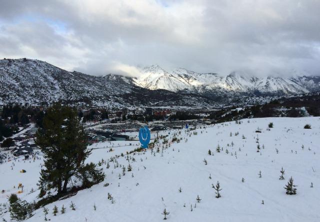 Ski x Snowboard: As principais diferenças e equipamentos necessários