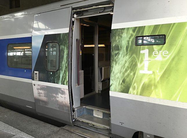 TGV 10