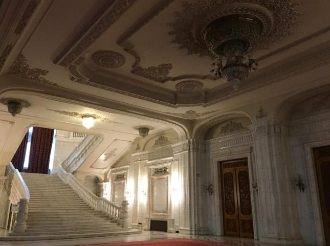 parlamento romenia (6)