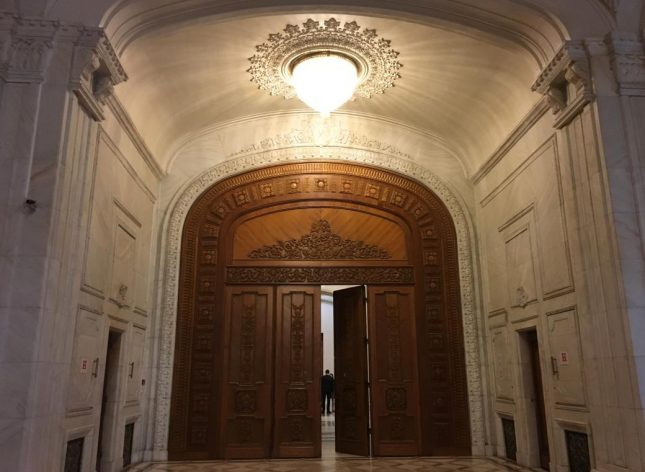 parlamento romenia (9)