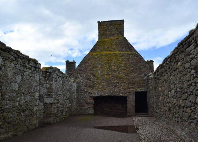 dunnottar castle (26)