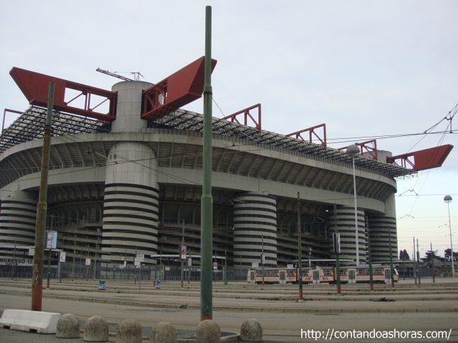 Tour no Estádio San Siro, em Milão!