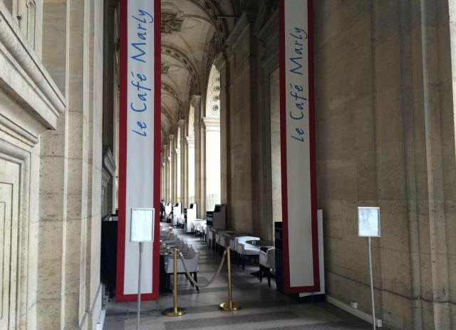 Dica de restaurante em Paris com vista para o Museu do Louvre: Le Café Marly