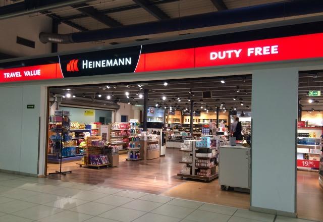 Compras em Berlim: As principais ruas de comércio, Lojas de Departamento, Farmácias e Free Shop (e mais a  Kaiser-Wilhelm-Gedächtniskirche)