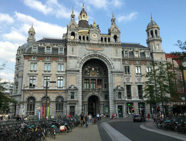 Viajando de trem na Bélgica