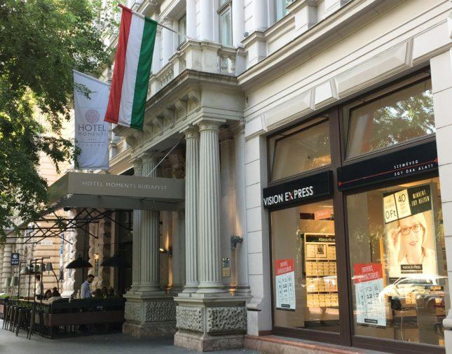 Hospedagem em Budapeste: Hotel Moments Budapest