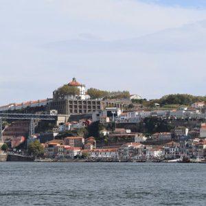 Portugal: O que fazer em Vila Nova de Gaia, a cidade onde estão as Caves de Vinho do Porto